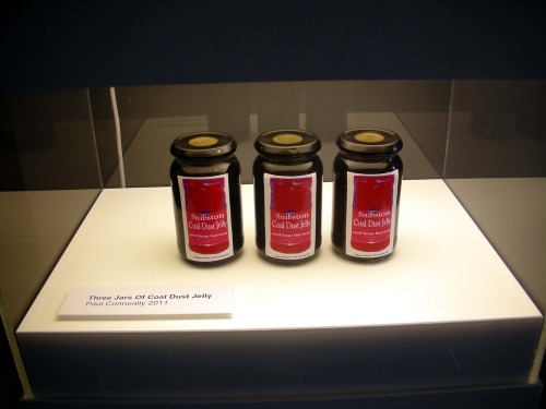 Three_jars_of_coal_dust_jelly