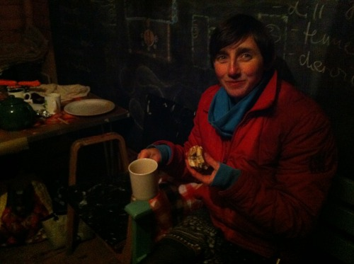 Anne_marie_in_hut_at_harvest
